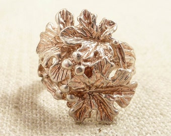 Size 6.25 Vintage Made in Turkey Sterling Oak Leaves and Acorn Ring