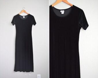 vintage '90s MINIMALIST black VELVET short sleeve MAXI t-shirt dress. size m.