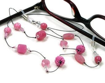 Stylish reading glasses chain