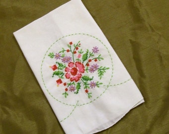 Tea Towel, Embroidered tea towel, Tea Towel with Embroidery, Red Rose, Hand Embroidery, Fingertip Towel, Red Rose Towel