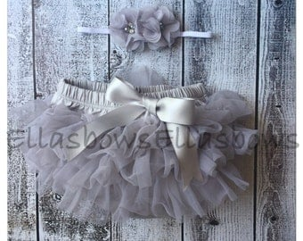 chiffon and pearls Baby headband and Bloomer Set..Full chiffon Bloomers.Hair bow and Diaper Cover...