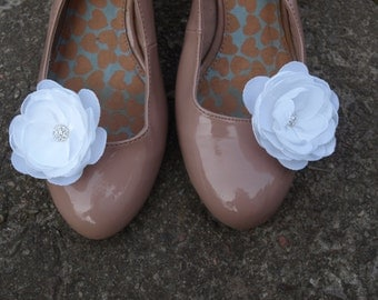 White Flower Shoe Clips Set of 2