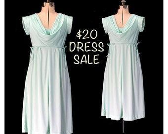 SALE! Vintage 70s Grecian Goddess Dress