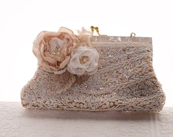 Wedding clutch, Bridal beaded vintage clutch purse with flowers, wedding purse, bridal framed clutch handbag, ivory, champagne vintage