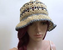 Flower Child Sunhat -  in Yashi  - Raffia Yarn - Palm Leaf Yarn - Gray and Natural Colors - Beach and All Season Style