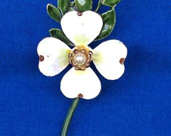 Vintage Dogwood Tree Flower Pin Brooch Gold Tone Metal & Enamel 60s 70s Jewelry Signed Robert