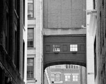 Pittsburgh Back Alley 8x12 photograph print - Downtown Pittsburgh - Pittsburgh Art - Pittsburgh Photo - Pittsburgh Skyline