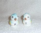 Vintage Bluebird Blue Bird Salt and Pepper Shakers 1950s JAPAN Lefton Napco Figurines