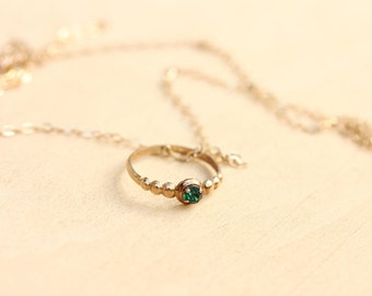 10K Gold Victorian Baby Ring Necklace - Green
