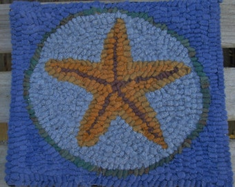 Beginner STARFISH Primitive  Rug Hooking Kit with Hook  Free Shipping