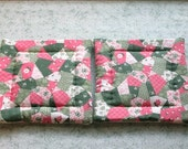 pink and green country quilting set of 2 potholders hot pads