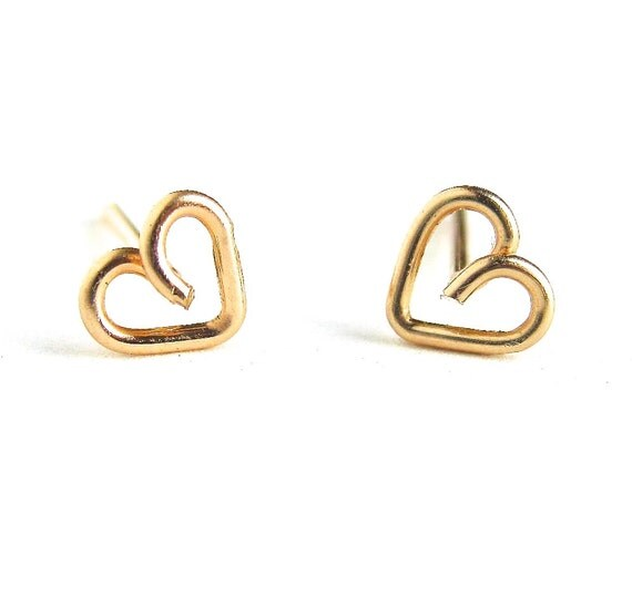 Small Gold Heart Studs.