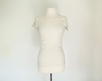 WHISPERS // white sheer lace Victoria's Secret 90s top XS / S / M