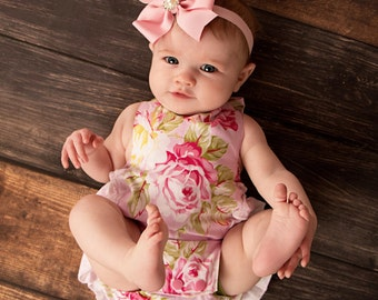 Baby Girl Ruffle Romper - Pink Roses Romper - Mothers Day Outfit - Newborn Pictures - Family Pictures - Photoprop - Spring Outfit - Newborn