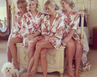 White-Bridesmaids Robes, Kimono Crossover Robes, Spa Wraps, Bridesmaids gift, getting ready robes, Bridal shower party favors, Floral