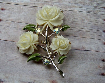 1960's Vintage Gold, White Ivory Triple Flower Rhinestone Brooch, Abstract Pin, Estate Bridal Wedding Jewelry, Retro Statement Centerpiece