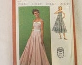 Vintage 1970s Sewing Pattern Simplicity 9008, Woman, Gunne Sax, Dress, Gown, Maxi, Evening, Formal, Party, Prom