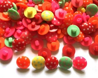 30 Pcs Dot Shank Buttons Size 15 Mm Mix Color