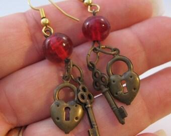 Vintage Red Heart Lock & Skeleton Key Drop Dangle Earrings Costume Jewelry Jewellery