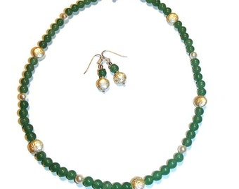 Green Aventurine and Pearl Necklace and Earrings. Classic Jewelry. Chic Jewelry. Jewelry Set