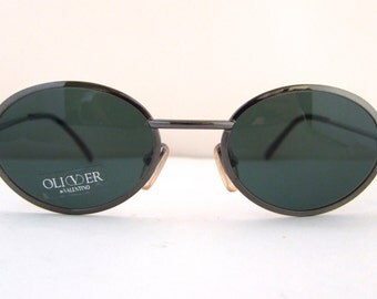 90s Valentino Sunglasses made in Italy ,Mint 90s /new old vintage stock/gun metal silver metal frame/ol 20 s