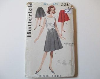 Uncut Vintage Skirt Pattern, Waist 24 1/2, Hip 33 1/2