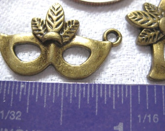 Bronze Masquerade Party Mask charm Jewelry Supply 3 pieces