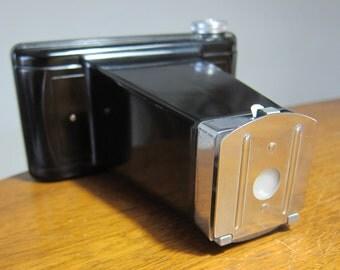 Cinelarger 16mm film camera