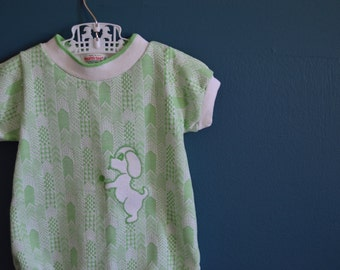 Vintage 1970s Green and White Chevron Baby Romper with Dog Applique - Size 9 Months