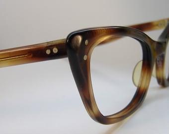 Vintage Brown Tortoise Cateye Eyeglasses Eyewear Frame B@L