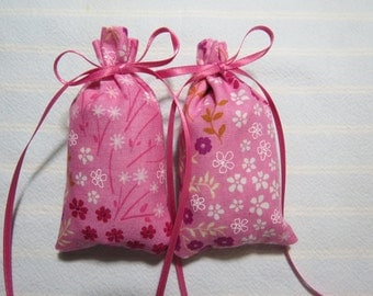 "Pink 3""X2"" Sachet-'Spring Feathers' Fragrance-White Floral Sachet-Pink Ribbon-Cotton Fabric Herbal/Botanical Sachet-Cindy's Loft-132"