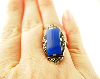 Art Deco Chalcedony Ring - Marcasite - Sterling Silver - Vintage