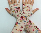 Fingerless long  gloves  with pattern