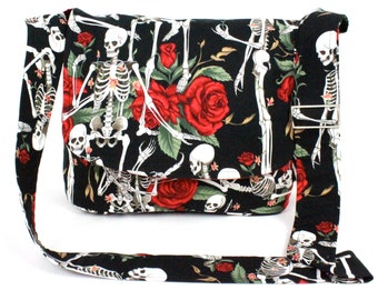 Skeletons and Roses Black   Messenger Bag