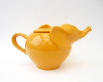 Items i love by mindy on etsy - Elephant shaped teapot ...