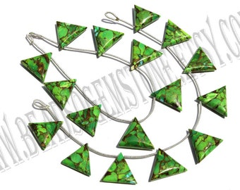 Green Copper Turquoise Smooth Triangle (Quality AAA) / 18 to 20 mm / 19 to 21 Grms / 18 cm / TUR-012