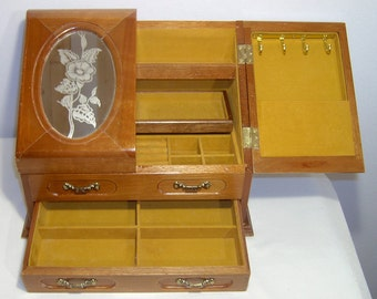 Blonde wood jewellery tabletop box ~ gold felt lining ~ jewelry trinket necklace bracelet ring brooches pins ~ etched glass windows drawers