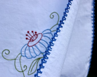 Linen Table Topper, Vintage Linen Tablecloth, Small Table Cloth, Card Table Cloth with Embroidery 12339