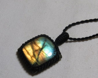 Labradorite - Marcrame Pendant - So Nice Full Flash Fire Squarl shape Pendant - Stone size 28x28 mm Approx