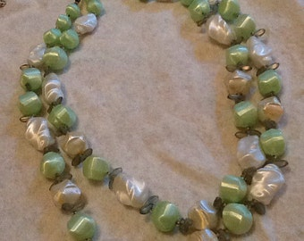 Green White Bead Necklace Double Strand Vintage