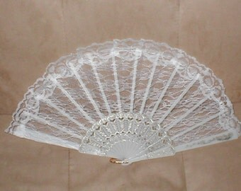 Vintage WHITE Lace Folding Fan