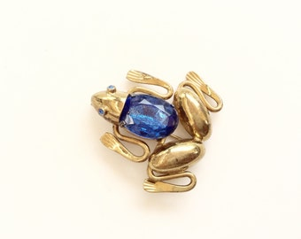 Vintage antique brass frog pin blue gemstone figurative  frog pin brooch