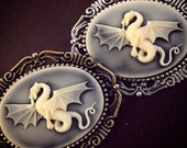 Dragon Cameo Brooch / Fantasy Renaissance Festival Faire / Pin Cosplay Costume Steampunk Lover Gift / Wedding Favors Bridal Party Bridesmaid