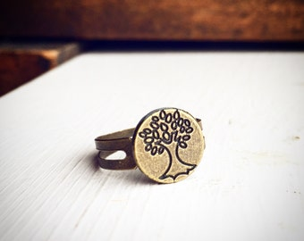 Tree Ring / Adjustable Antique Brass Bronze / Tree of Life Hippie Gypsy Style Jewelry / Boho Bohemian Nature Lover Gift Outdoorsy Wanderer