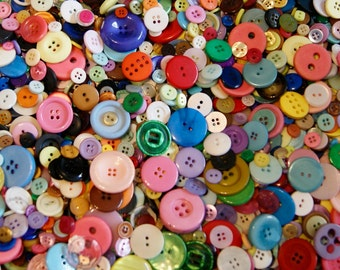 1000 Buttons Rainbow Button Mix, Assorted Sizes (BK 589)