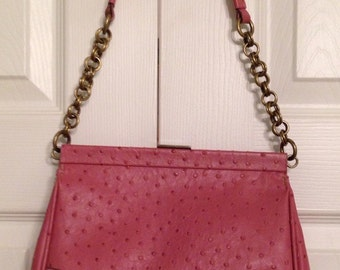 Vintage pink Vinilo purse / pocketbook / bag with gold link chain handle and gold clasp