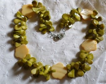 Bulky Chunky Green and Ivory Leaf and Flower Mother of Pearl Necklace