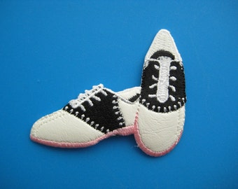 Iron-on Embroidered Patch SHOES 2.4 inch
