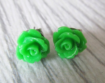 Earrings green flower with stainless stud
