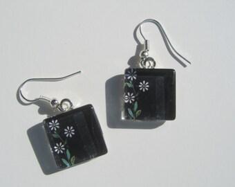 Black Earrings, Flower Earrings, Black Glass Dangle Earrings, Black Flower Earrings, Black Summer Earrings, Black and White Earrings